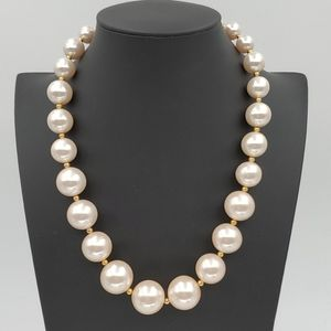 Monet Off White Pearl Necklace